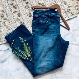 Loft Curvy Straight Denim Jeans (16)